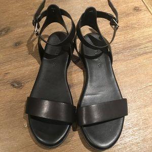 NWOT Joe Fresh sandals